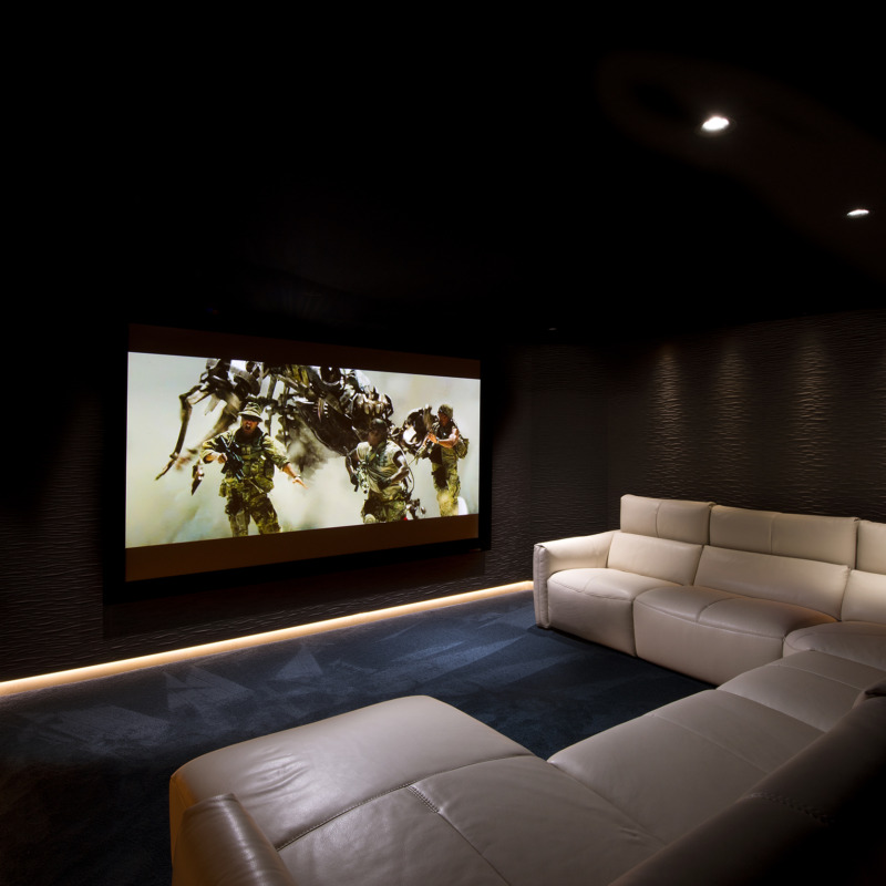 Luxury Home Theater – The Fastest Growing Home Tech Trend 2
