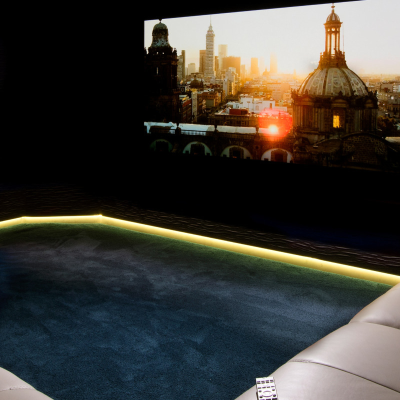 Can We Recreate the Cinema Experience at Home?